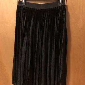 Elegant Halogen Long Velvet Skirt